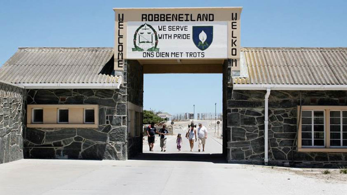 entrance to Robbeeneiland