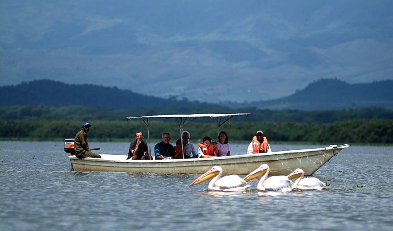 boat safari at chui lodge tour