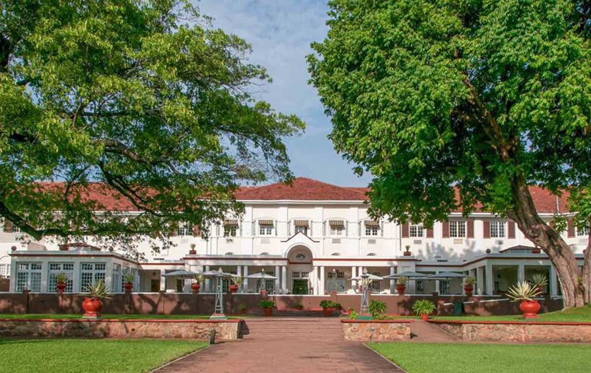 Large estate of the Victoria Falls Hotel